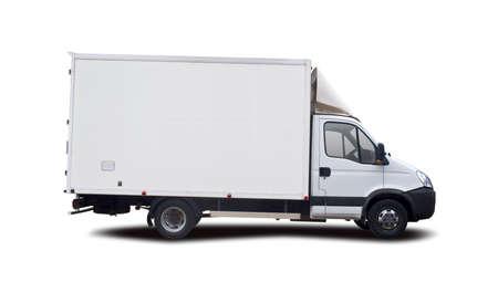 Vista lateral del camión blanco aislado en blanco