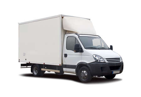 Witte vrachtwagen geïsoleerd op wit