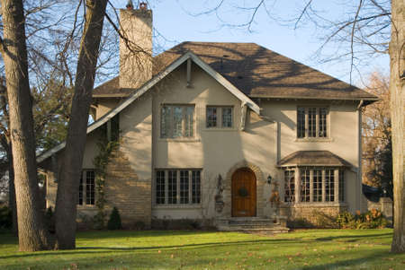 pitched roof: A stone mansion in autumn.