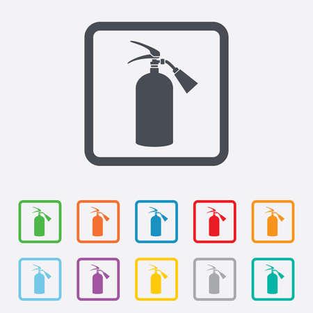 fire extinguisher sign: Extintor signo icono. S�mbolo de seguridad contra incendios. Cuadrados botones redondos con marco. Vector