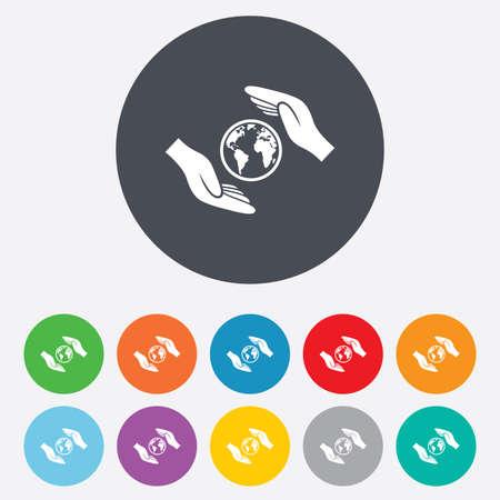 paix monde: Worldwide signe d'assurance ic�ne. Mains prot�ger symbole couverture plan�te. Voyage d'assurance. La paix mondiale. Rondes color�es 11 boutons. Vecteur