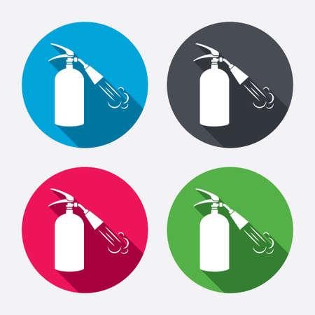 fire extinguisher sign: Extintor signo icono. S�mbolo de seguridad contra incendios. Botones de c�rculo con larga sombra. 4 iconos conjunto. Vector