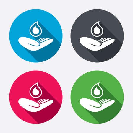 ahorrar agua: Guardar icono de la muestra de agua. La mano sostiene el s�mbolo de la gota de agua. S�mbolo de protecci�n del medio ambiente. Botones de c�rculo con larga sombra. 4 iconos conjunto. Vector Vectores
