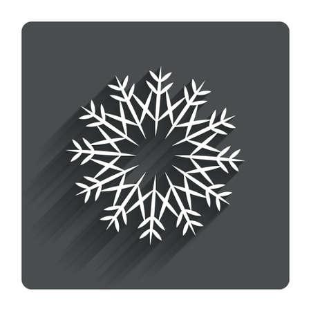 fiambres: Copo de nieve Muestra art�stica icono. Navidad y A�o Nuevo s�mbolo a�os invierno. S�mbolo de aire acondicionado. Gris bot�n cuadrado plano con la sombra. Modern sitio web de la interfaz de usuario de navegaci�n. Vector