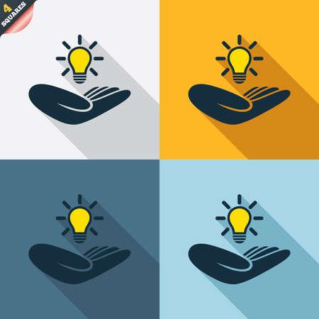 patente: Idea signo seguro de patentes. La mano sostiene el s�mbolo de la bombilla de la l�mpara. Propiedad Intelectual. Cuatro cuadrados. Botones coloreados dise�o plano. Vector