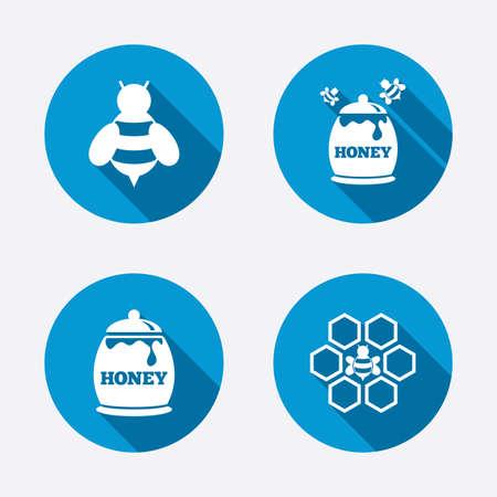 fruttosio: Icona Honey. Celle a nido d'ape con api simbolo. Dolci segni alimentari naturali. Cerchio concetto pulsanti web. Vettore
