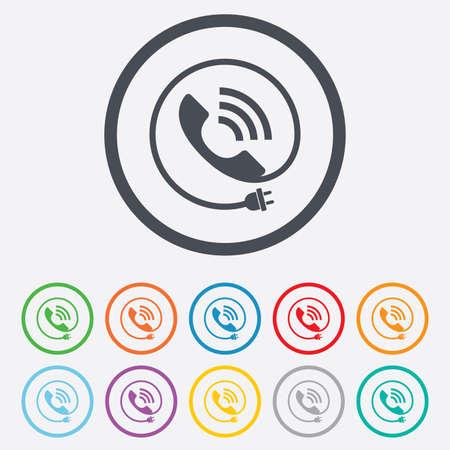 tecnologia comunicacion: Icono de se�al de tel�fono. Call s�mbolo centro de apoyo. La tecnolog�a de comunicaci�n con enchufe el�ctrico. Botones de c�rculo redondos con marco. Vector Vectores