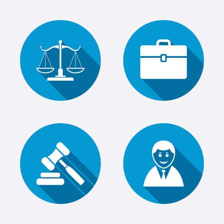 justice scale: Escalas de Justicia icono. Cliente o símbolo Abogado. Signo de martillo de la subasta. Martillo juez de derecho. Corte de ley. Botones concepto de web de círculo. Vector
