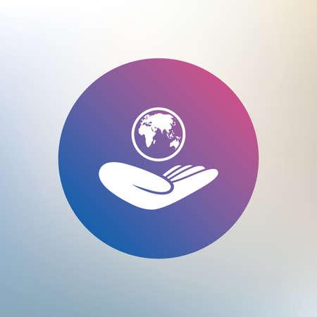 paix monde: Signe d'assurance mondiale. Main tient symbole de la plan�te. Voyage d'assurance. Paix mondiale. Ic�ne sur fond flou. Vecteur