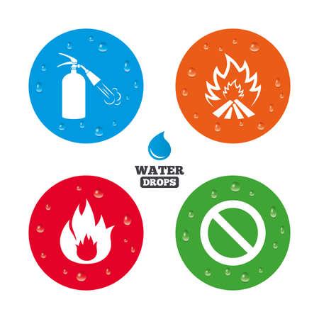 fire extinguisher sign: Gotas de agua sobre el bot�n. Iconos llama Fuego. Muestra del extintor. Prohibici�n s�mbolo de detenci�n. Las gotas de agua pura realistas en c�rculos. Vector Vectores