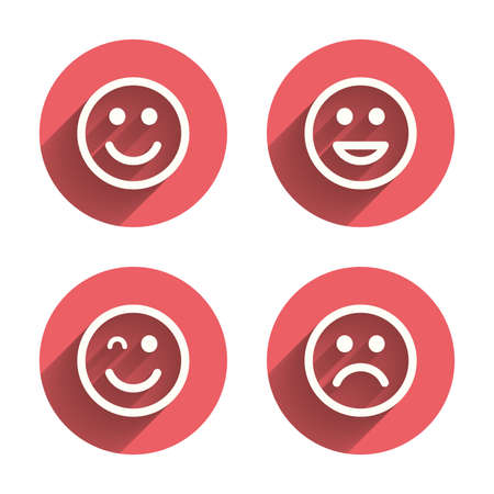 carita feliz caricatura: Iconos sonrisa. Feliz, triste y guiño enfrenta símbolo. Riendo lol signos sonrientes. Círculos rosados ??botones planos con sombra. Vector