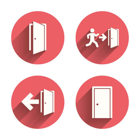 puerta abierta: Puertas iconos. Salida de emergencia con símbolos de figuras y flechas humanos. Las señales de salida de incendios. Círculos rosados ??botones planos con sombra. Vector