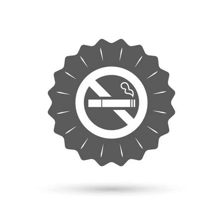 smoking cigarette: Vintage emblem medal. No Smoking sign icon. Quit smoking. Cigarette symbol. Classic flat icon. Vector Illustration