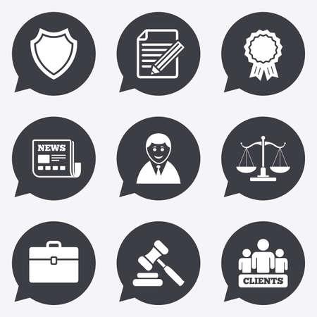 Avocat, échelles d'icônes de la justice. Les clients, vente aux enchères marteau et des symboles de juge de droit. Journaux, attribution et de documents de signe un accord. icônes plats dans les pointeurs discours à bulles.