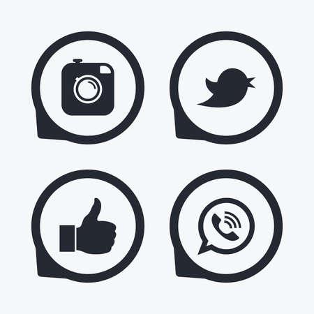 Hipster icono de la cámara de fotos. Al igual que la burbuja del discurso y el signo de llamada. ave símbolo. iconos de redes sociales. punteros icono planas.