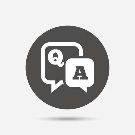 Domanda risposta segno icona. Q & A simbolo. Pulsante grigio cerchio con l'icona. Vettore Vettoriali
