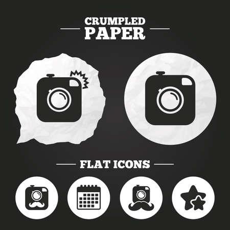 Crumpled paper speech bubble. Hipster photo camera with mustache icons. Retro camera symbols. Paper button. Vector Archivio Fotografico - 111101716