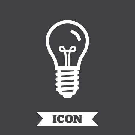 enchufe de luz: Light bulb icon. Lamp screw socket symbol. Illumination sign. Graphic design element. Flat lamp symbol on dark background. Vector
