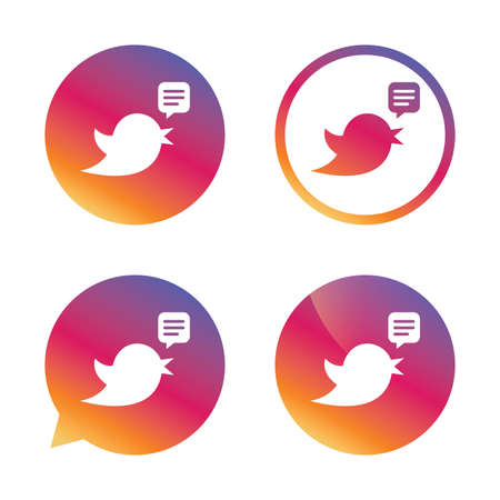 nestling birds: Bird icon. Social media sign. Speech bubble chat symbol. Gradient buttons with flat icon. Speech bubble sign. Vector