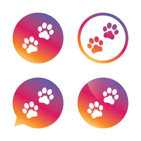Paw sign icon. Dog pets steps symbol. Gradient buttons with flat icon. Speech bubble sign. Vector Vetores