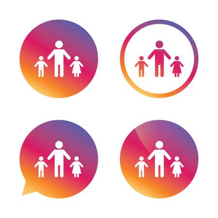 Un padre de familia con dos hijos firman icono. Padre con hijo e hija símbolo. Botones de gradiente con el icono de plano. Signo de burbuja de discurso Vector Foto de archivo - 64854978
