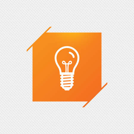 enchufe de luz: Light bulb icon. Lamp E14 screw socket symbol. Illumination sign. Orange square label on pattern. Vector