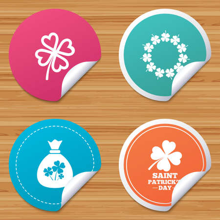 clover banners: Round stickers or website banners. Saint Patrick day icons. Money bag with clover sign. Wreath of quatrefoil clovers. Symbol of good luck. Circle badges with bended corner. Vector