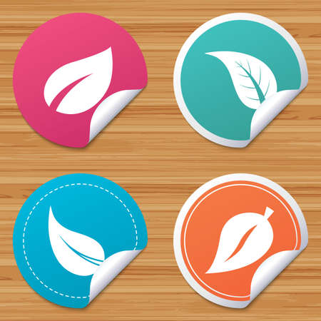 bended: Round stickers or website banners. Leaf icon. Fresh natural product symbols. Tree leaves signs. Circle badges with bended corner. Vector