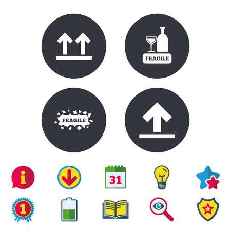 깨지기 쉬운 아이콘. 섬세한 포장 배달 표시. 이면을 위로 화살표 기호. 달력, 정보 및 다운로드 표지판. 별, 수상 및 책 아이콘. 전구, 방패 및 수색. 벡 일러스트