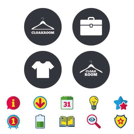 Garderoben-Icons. Aufhänger Garderobenschilder. T-Shirt-Kleidung und Gepäckzeichen. Kalender, Informationen und Download-Zeichen. Sterne, Auszeichnung und Buchsymbole. Glühbirne, Schild und Suche. Vektor Standard-Bild - 84251887