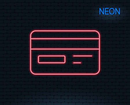 Neon light. Credit card line icon. Bank payment method sign. Online Shopping symbol. Glowing graphic design. Brick wall. Vector Ilustração