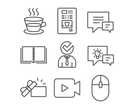 Set van koffie beker, vacature en commentaar iconen. Koffieautomaten, boek- en videocameraborden. Geopende geschenk, idee lamp en computer muis symbolen. Theemok, Zakenmanconcept, Praatjebellen. Vector