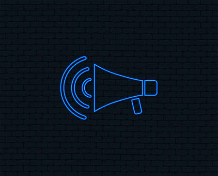 Neon light. Megaphone sign icon. Loudspeaker strike symbol. Glowing graphic design. Brick wall. Vector Stock Illustratie