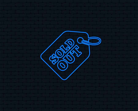 Neon light. Sold out tag icon. Shopping message sign. Special offer banner symbol. Glowing graphic design. Brick wall. Vector Banco de Imagens - 98533900