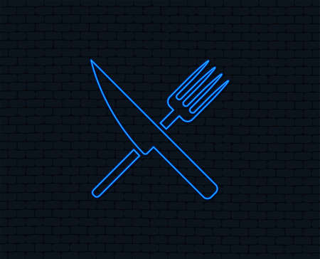 Neon light. Food sign icon. Cutlery symbol. Knife and fork. Glowing graphic design. Brick wall. Vector Banque d'images - 102436835