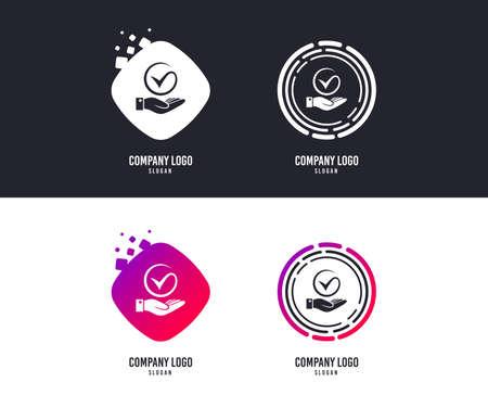 Notion de logotype. Icône de signe de tique et de main. Palm détient le symbole de coche. Conception de logos. Boutons colorés avec des icônes. Vecteur Logo