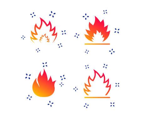 Icone della fiamma del fuoco. Simboli di calore. Segni infiammabili. Forme dinamiche casuali. Icona del fuoco gradiente. Vettore Vettoriali