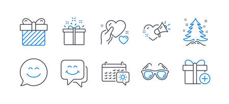 Set of Holidays icons, such as Special offer, Smile face, Love message, Sunglasses, Surprise, Christmas tree, Smile chat, Hold heart, Travel calendar, Add gift line icons. Delivery box, Chat. Vector Çizim