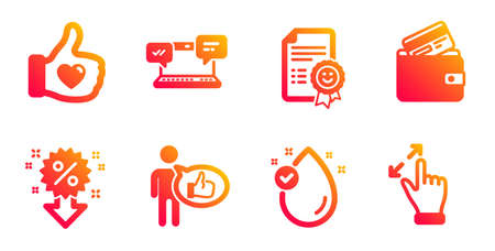 Smile, Internet chat and Like line icons set. Like hand, Vitamin e and Debit card signs. Discount, Touchscreen gesture symbols. Certificate, Online communication. Business set. Vector Standard-Bild - 129173608