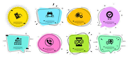 Hourglass, Analysis graph and Smile line icons set. Chat bubbles with quotes. Call center, Give present and Pay money signs. Gears, Certificate symbols. Sand watch, Targeting chart. Vector Stock Illustratie