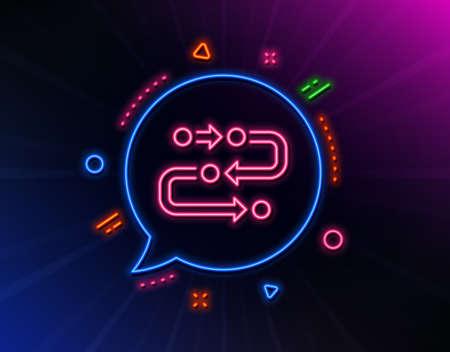 Methodology line icon. Neon laser lights. Development process sign. Strategy symbol. Glow laser speech bubble. Neon lights chat bubble. Banner badge with methodology icon. Vector Ilustração