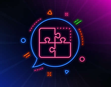 Puzzle line icon. Neon laser lights. Engineering strategy sign. Glow laser speech bubble. Neon lights chat bubble. Banner badge with puzzle icon. Vector