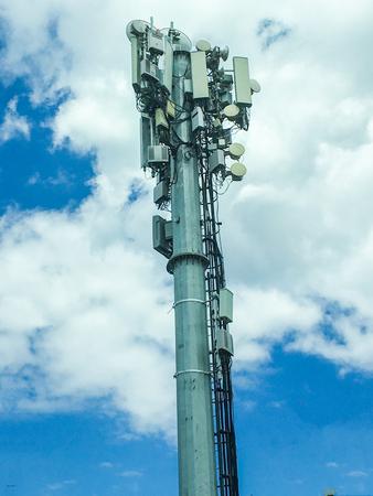 microondas: Unidad de antena de la estación base aislada
