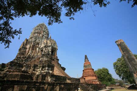 Ornament: ancient pagodas at Wat Rajburana in Ayutthaya, Thailand Stock Photo - 11972893