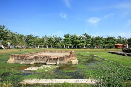 nonthaburi province: Ruined ancient shrine structure in Nonthaburi province, Thailand
