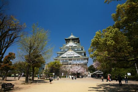 OSAKA-APR 13  Landscape of main entrance with sukura blossom at Osaka castle on April 13, 2011 in Osaka, Japan  Here is one of the most famous castles that tourists all over the world want to visit  Stock Photo - 15108654
