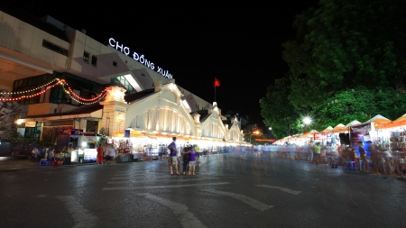 HANOI - JULY 20  Unidentified people visit night shopping market at Cho Dong Xuan on July 20, 2012 in Hanoi, Vietnam  Here, established on 1889, is the oldest and largest market in Hanoi