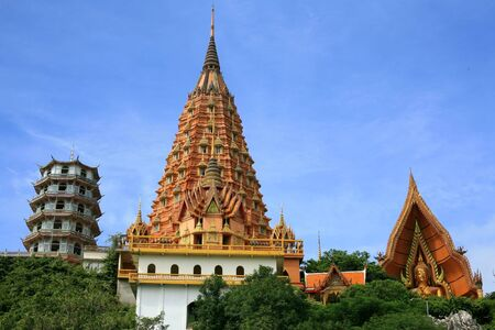 sua: View of beautiful pagoda and shrine at wat Tham Sua in Kanchanaburi, Thailand