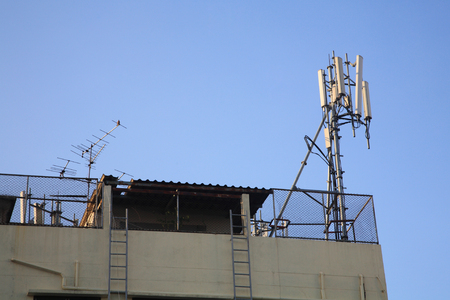 transceiver: Base transceiver Station (BTS) on top of the building, Mobile Communication Technology (3G, 4G).