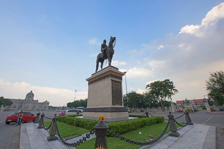 repeal: BANGKOK, THAILAND - OCTOBER17, 2015: The equestrian statue of King Chulalongkorn (Rama V). King Rama V is really famous for emancipation. Editorial